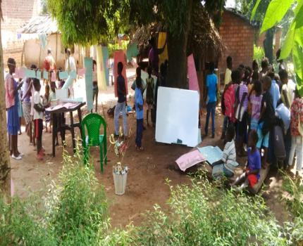 Save the Children promove campos de leitura em Manica